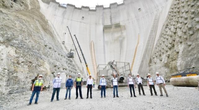 Türkiyenin en yüksek barajı 2021de elektrik üretimine başlayacak