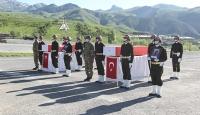 Hakkari'de şehit olan askerler törenle memleketlerine uğurlandı
