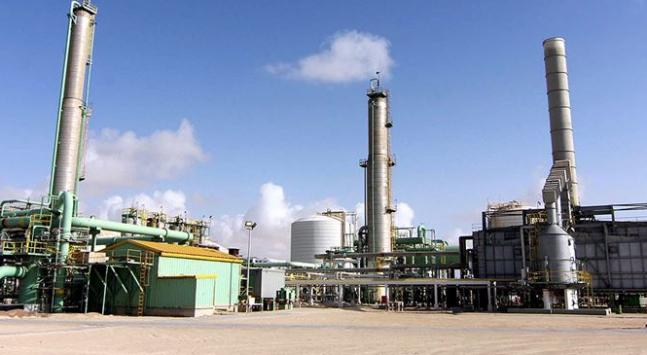 Afrikanın en fazla petrol rezervine sahip Libya bu zenginliğini kullanmaktan mahrum