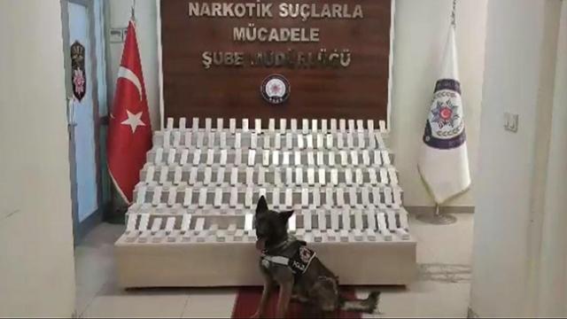 Pazarcı arabasında 66 kilogram eroin ele geçirildi