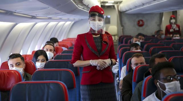 Normalleşme sürecinin ilk uçuşu gerçekleştirildi
