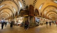 Tarihi Kapalıçarşı ve Mısır Çarşısı yeniden hizmet vermeye başladı