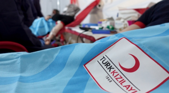 Türk Kızılaydan kan bağışına devam çağrısı