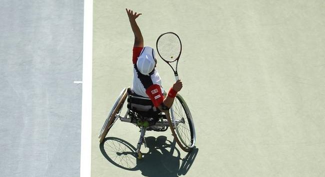Tekerlekli sandalye tenisine maddi destek