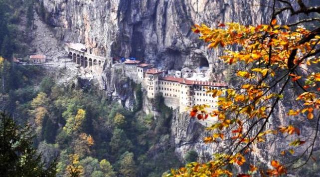 Sümela Manastırı yeniden ziyarete açıldı