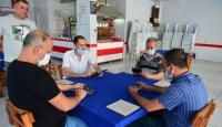 Adana'da kahvehanede mobile okey oynadılar