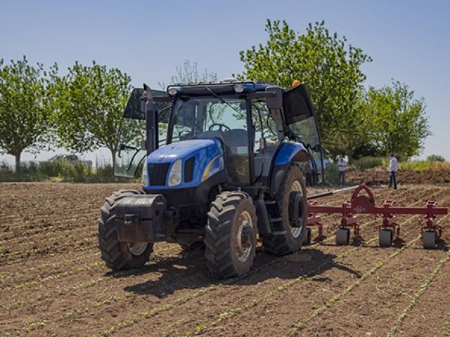 Sürücüsüz traktörler çiftçilerin görevini devraldı