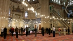 İstanbulda cemaatle vakit namazları birkaç hafta içinde başlayabilir