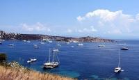 Antalya'da ticari yat ve turizm teknelerine izin