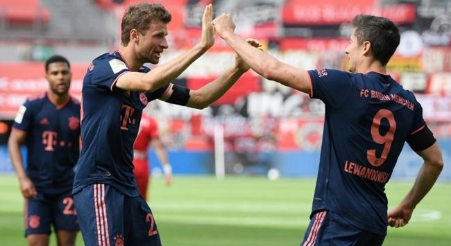 Bayern Münih şampiyonluğa koşuyor