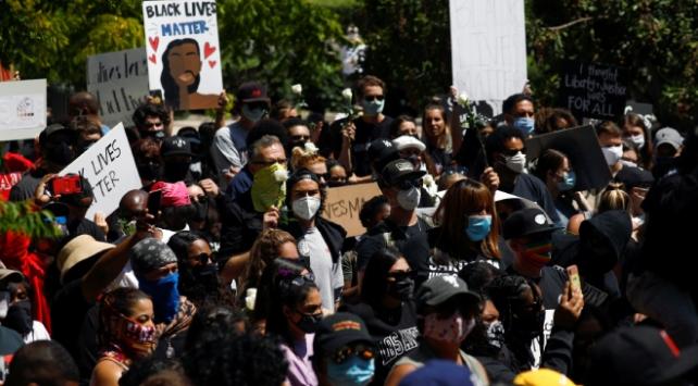 ABDde protestolara katılanların bazıları koronavirüse yakalandı