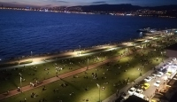 İzmirliler Kordonboyu'na akın etti, sosyal mesafe hiçe sayıldı
