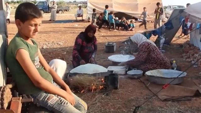 İdlib'de ekmek bulmak bile zor