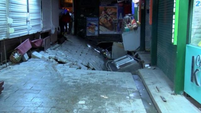 Beşiktaş'ta yolun çökmesi sonucu bir kişi yaralandı