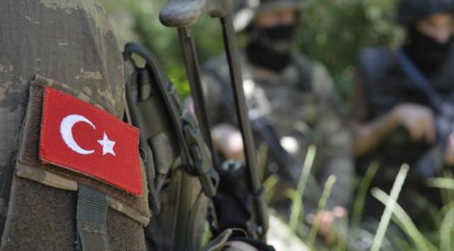 İdlibde yaralanan asker şehit oldu
