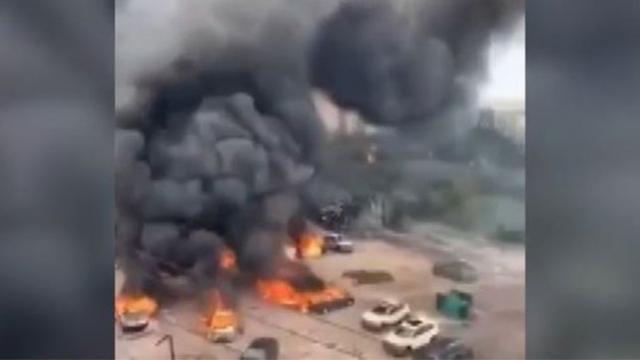 Çin'de yakıt tankeri patladı: 10 kişi hayatını kaybetti