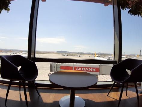 İstanbul Sabiha Gökçen Havalimanı özel yolcu salonu yeni döneme hazır