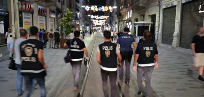 İstanbul Valiliği yeni normal denetimleri gerçekleştirdi