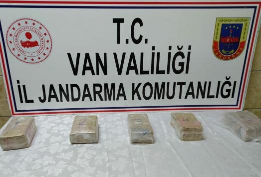 Vanda 3 kilogram sentetik uyuşturucu ele geçirildi