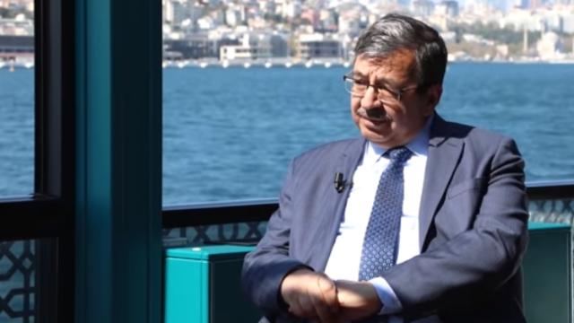"""TRT Akademi """"Çevrimiçi""""nin bu haftaki konuğu Hayati İnanç"""