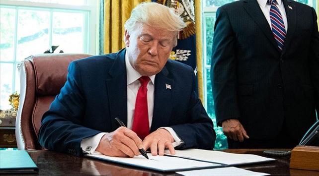 """Trump """"Güvenlik Güçleri İntihar Verisi Toplama Yasası""""nı onayladı"""