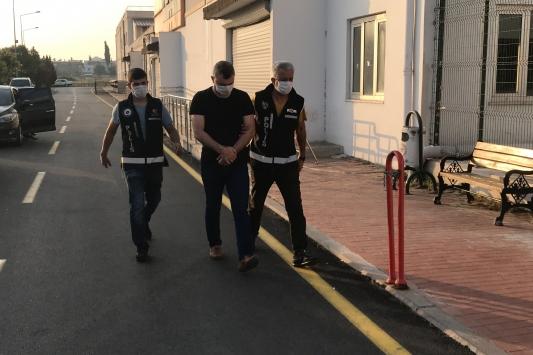 Adana merkezli 3 ildeki FETÖ operasyonu