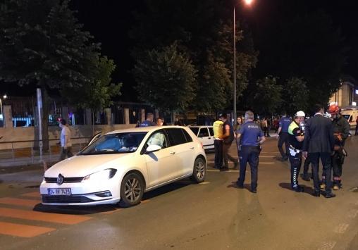 Düzcede 3 otomobilin karıştığı kazada sürücüler yaralandı