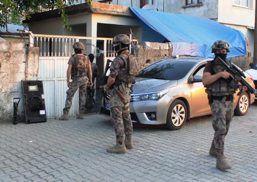 Osmaniyede helikopter destekli uyuşturucu operasyonu: 30 gözaltı