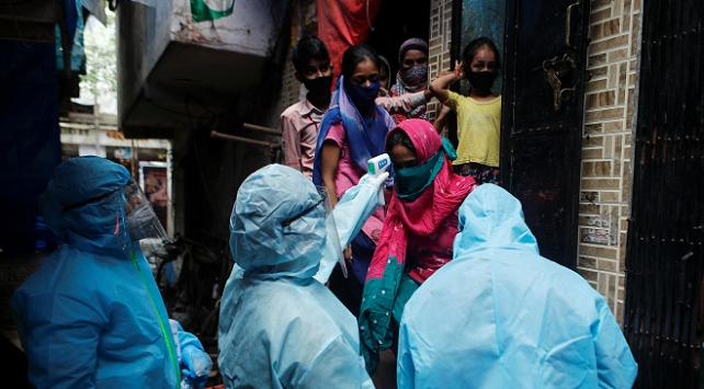 Hindistanda 1 günde 2000den fazla can kaybı