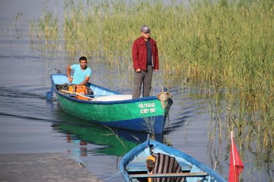 Beyşehir Gölünde av yasağının sona ermesiyle ağlar göl sularıyla buluştu