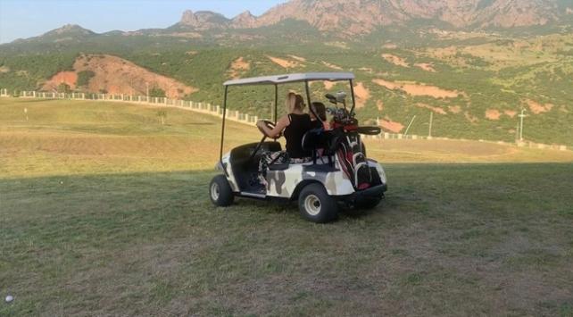 Tuncelide golf sahası faaliyete geçti