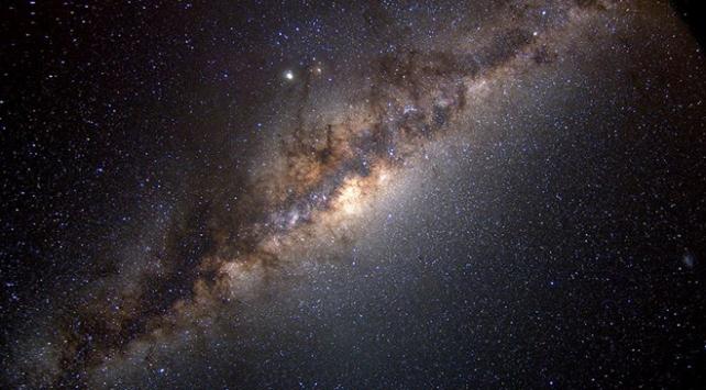 Samanyolunda 6 milyar Dünya benzeri gezegen olabilir