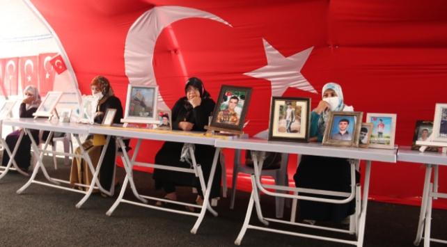 Diyarbakırda annelerin evlat nöbeti 289uncu gününde