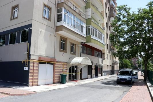 Kayseride 22 daireli bina karantinaya alındı