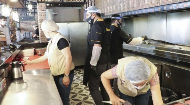 Ankarada kafe ve restoranlara Covid-19 denetimi