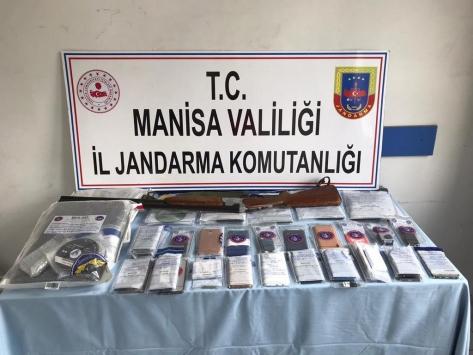 Manisada insan ticareti yaptığı öne sürülen 8 şüpheli tutuklandı