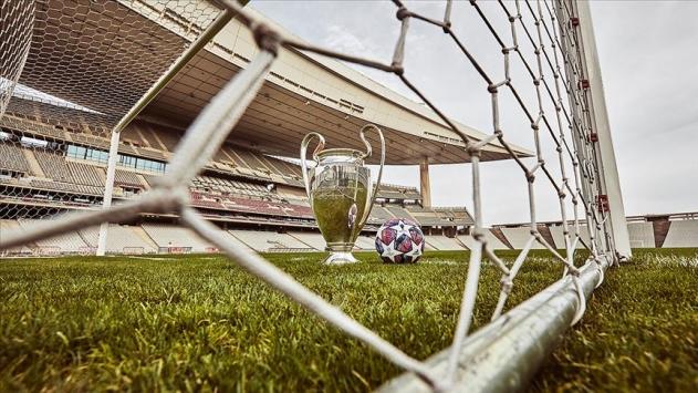 UEFA kararını verdi: 2020-2021 Şampiyonlar Ligi finali İstanbulda oynanacak