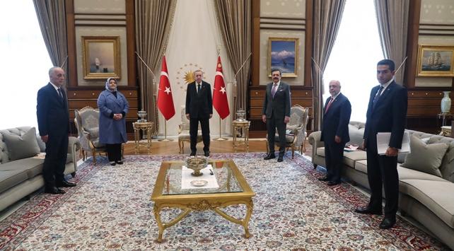 Cumhurbaşkanı Erdoğan, Bakan Selçuk ve sendika temsilcilerini kabul etti