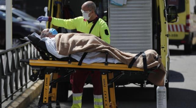 İspanyada son bir haftada Covid-19 kaynaklı 30 ölüm