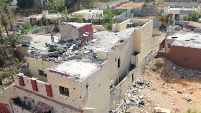 Darbeci Hafter'in Trablus'taki tahribatı gözler önüne serildi
