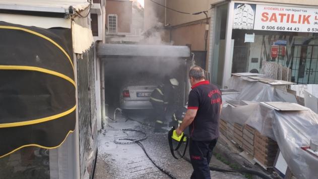 Kocaelide otomobilde yangın çıktı