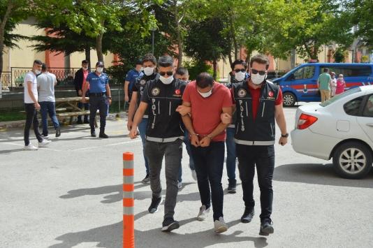 Afyonkarahisarda uyuşturucu operasyonunda 3 şüpheli tutuklandı