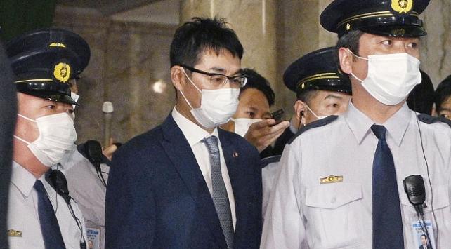 Japonyada eski Adalet Bakanı Kawai ve eşi gözaltına alındı