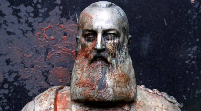 Belçikada sömürgeci Kral 2. Leopoldun büstü kaldırıldı
