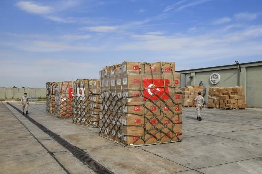 Türkiye ikinci kez Çada tıbbi yardım malzemesi gönderdi