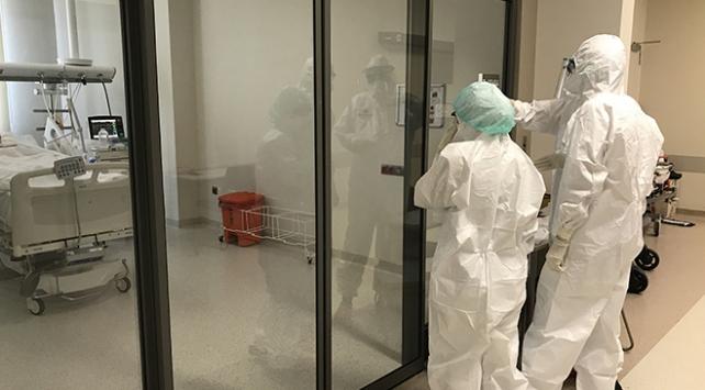 Türkiyede koronavirüsü atlatan kişi sayısı 156 bini geçti
