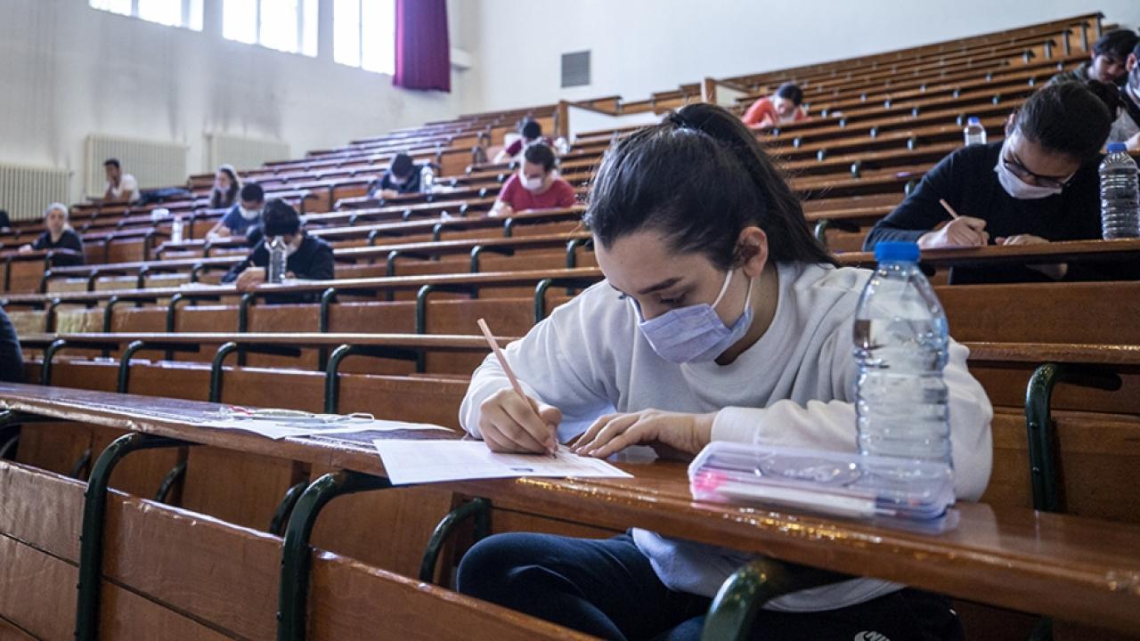 LGS yarın yapılacak, isteyen öğrenci maskesini çıkaracak