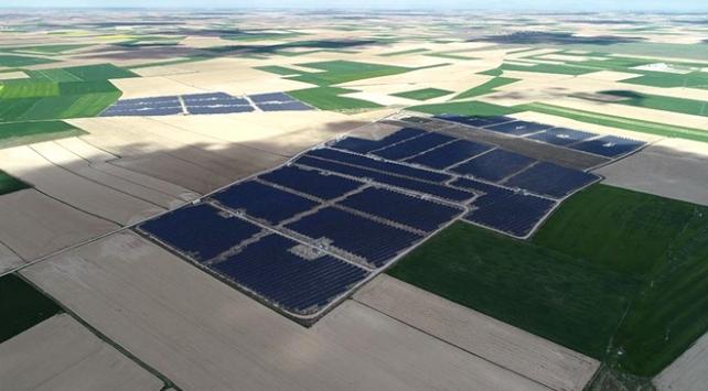 Türkiyenin en büyük güneş enerjisi santrali için geri sayım