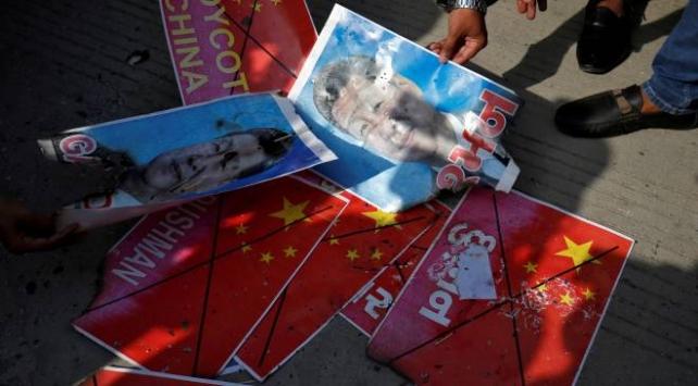 Hindistanda Çin mallarını boykot çağrısı
