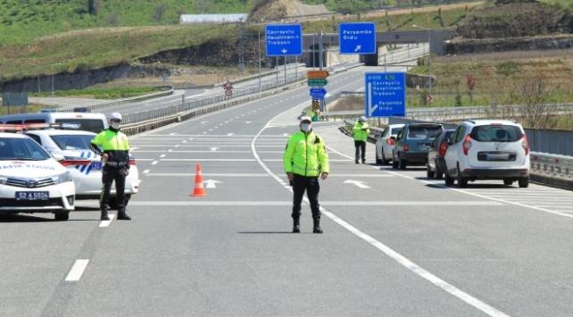 2 bölgedeki trafik denetimlerinde 3 bin 366 hız ihlali belirlendi